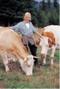 womenwithCows